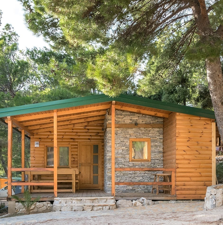 bungalows for summer holidays in croatia camping imuni. Black Bedroom Furniture Sets. Home Design Ideas
